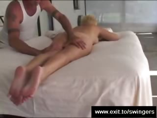 mom tracy takes massage with cunnilingus end