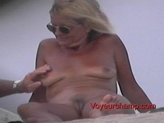 naked beach woman s teasing!