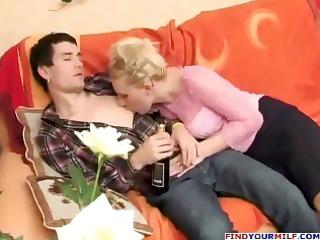 russian desperate aunty seducing cousin