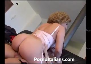 incesti italiani - mommy italiana scopa figlio